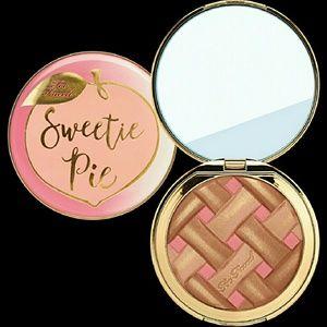 Too Faced Sweetie Pie Radiant Bronzer